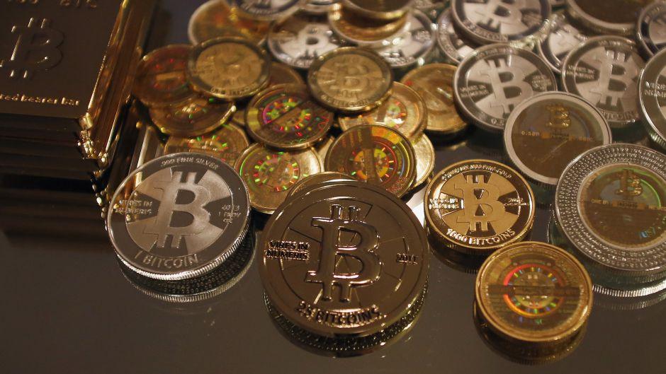 Курс биткоина к доллару, к рублю, биткоин кошелек. Как зарабатывать биткоины