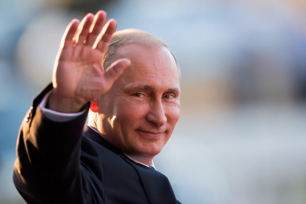 06.12.2017: Путин подписал и одобрил заморозку коэффициента военных пенсий на 2018 год