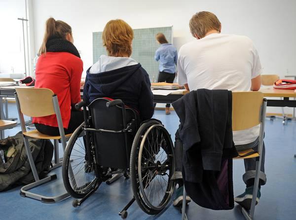 Открыта горячая линия поддержки инвалидов