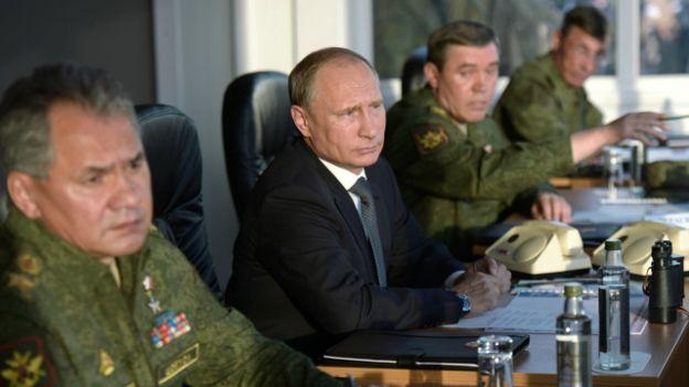 Путин: приказываю приступить к выводу из Сирии российской группировки войск в пункты их постоянной дислокации»
