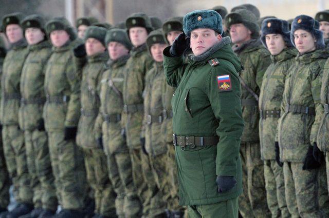 Военные ВС РФ на поздравление командира будут отвечать «Служу России»