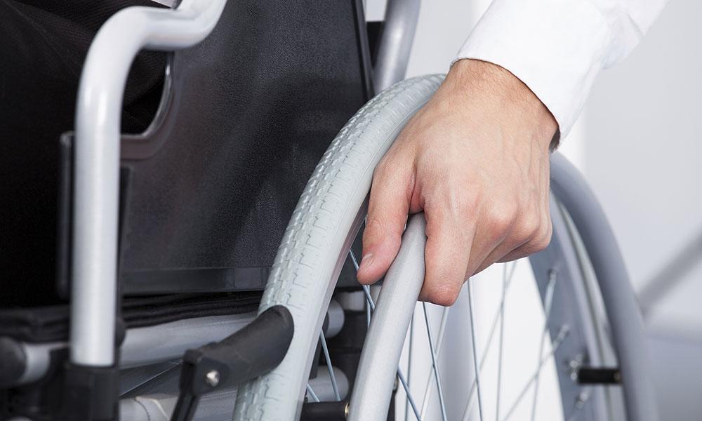 Индексация пособий инвалидам в 2018 году. Сколько это в рублях