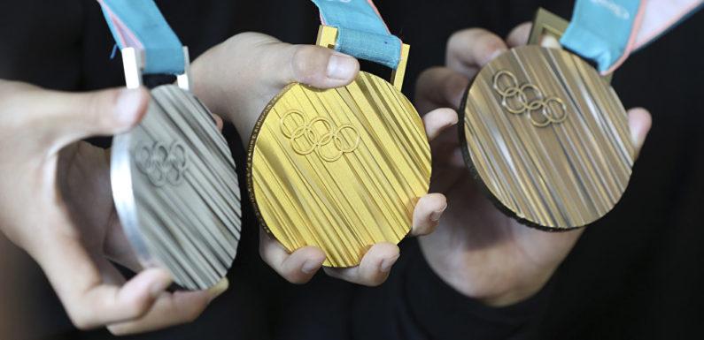 Сколько денег и машин получат наши спортсмены за олимпийские медали 2018. Денежная сторона олимпийской медали