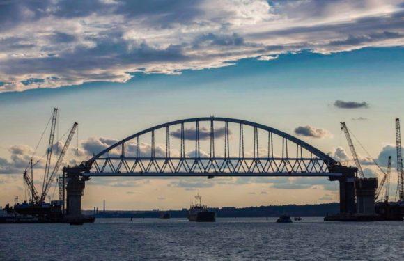 Движение по Крымскому мосту откроется уже в мае 2018 года. Последние новости