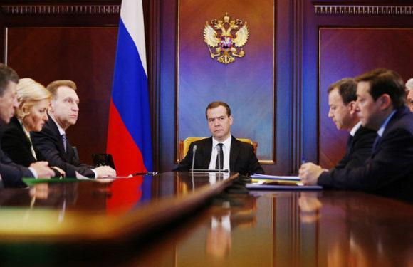 Переназначение Медведева и Силуанова означает повышение пенсионного возраста