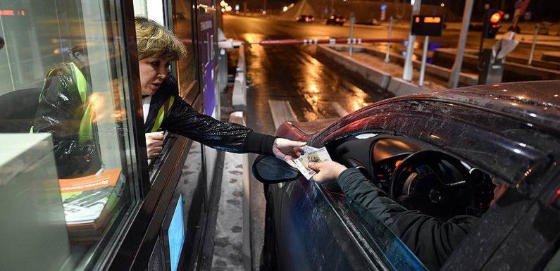 Сколько стоит и как доехать на машине до Крымского моста и курортов полуострова через Керченский пролив