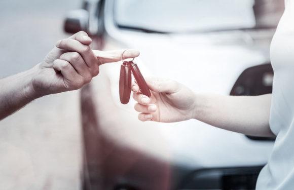Продавать машину самостоятельно из рук в руки скоро запретят