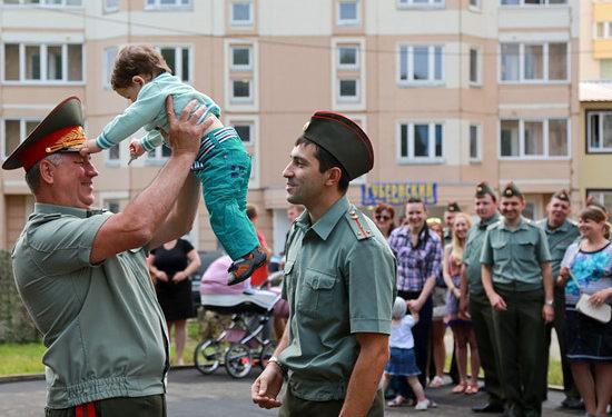 Жилье военнослужащим. Очередь и срок ожидания сократились за счет субсидий на приобретение