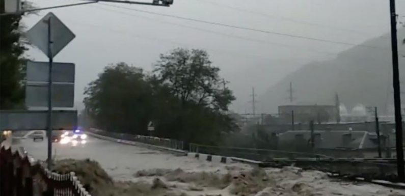 Новости последнего часа из Туапсе. Наводнение продолжается!