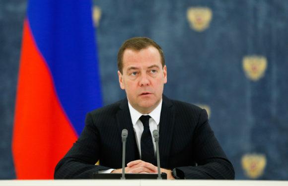 Увеличение тарифов ЖКХ с 1 января утверждено Медведевым